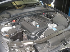 BMW 325i Engine